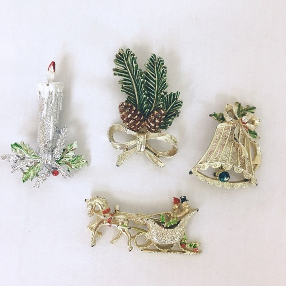 Christmas Brooches And Pins.Lot Of 4 Vintage Gerrys Christmas Brooches Pins